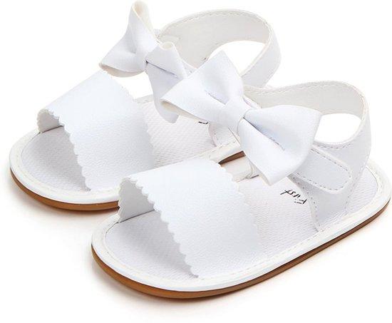 Witte sandalen met klittenband   Babyschoenen   Jodeledokie.nl