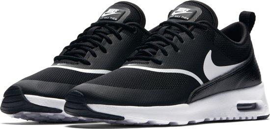 Nike Air Max Thea Sneakers Dames BlackWhite