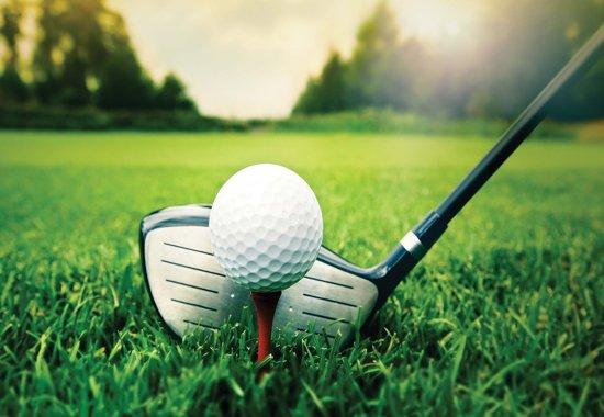 Fotobehang Golf Ball Club | M - 104cm x 70.5cm | 130g/m2 Vlies