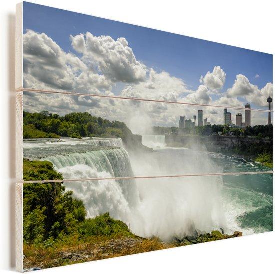 Mooie witte wolken boven de Niagarawatervallen Vurenhout met planken 120x80 cm - Foto print op Hout (Wanddecoratie)