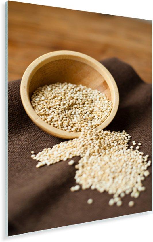 Quinoa in een houten kommetje op donker tafelkleed Plexiglas 60x90 cm - Foto print op Glas (Plexiglas wanddecoratie)