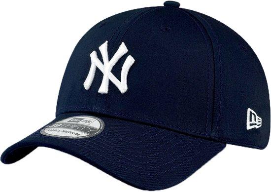 5c9baa356b12c New Era MLB New York Yankees Cap - 39THIRTY - S M - Navy