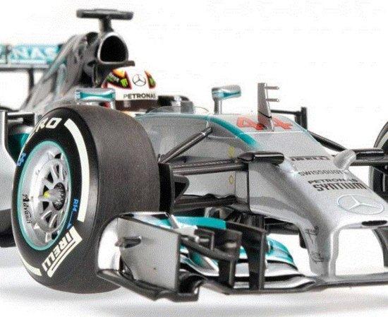 F1 Mercedes AMG Petronas F1 Team W05 Hybrid #44 Chinese GP Winner 2014 1:18 Minichamps
