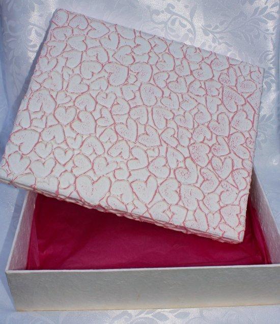 Kadodoos roze harten  - cadeaudoos - geschenkdoos
