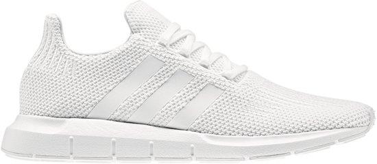 adidas Swift Run Sneakers Maat 46 Mannen wit