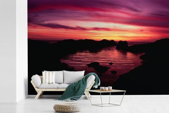 Fotobehang vinyl - Nationaal park Gwaii Haanas in Canada bij zonsondergang breedte 450 cm x hoogte 300 cm - Foto print op behang (in 7 formaten beschikbaar)