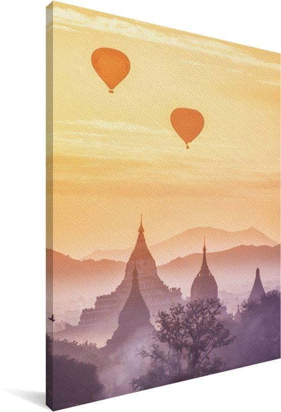 Mistige zonsopgang boven de pagodes van Bagan in Myanmar Canvas 20x30 cm - klein - Foto print op Canvas schilderij (Wanddecoratie woonkamer / slaapkamer)