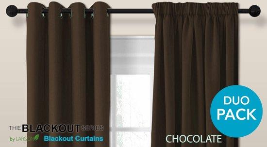 luxe blackout gordijn met ringen chocoladebruin 3x25m verduisterend kant en klaar