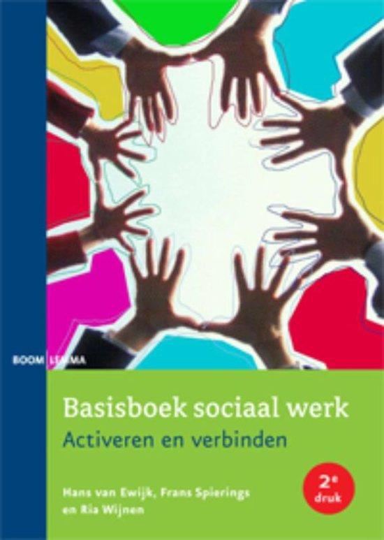 Bolcom Basisboek Sociaal Werk 9789059318151 Hans Van Ewijk