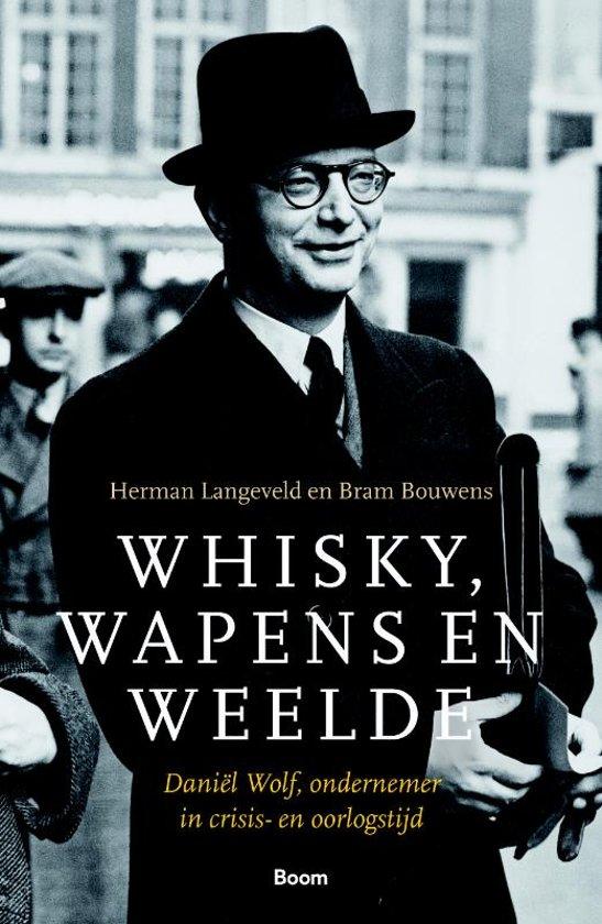 Boek cover Whisky, wapens en weelde van Herman Langeveld (Paperback)