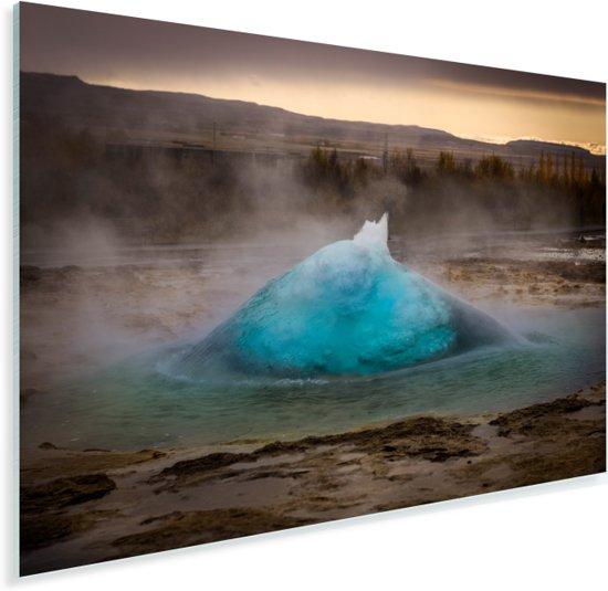 De stijgende Geysir in het Europese IJsland Plexiglas 60x40 cm - Foto print op Glas (Plexiglas wanddecoratie)