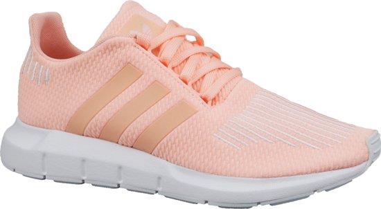 adidas Swift Run J CG6910, Vrouwen, Roze, Sneakers maat: 40 EU