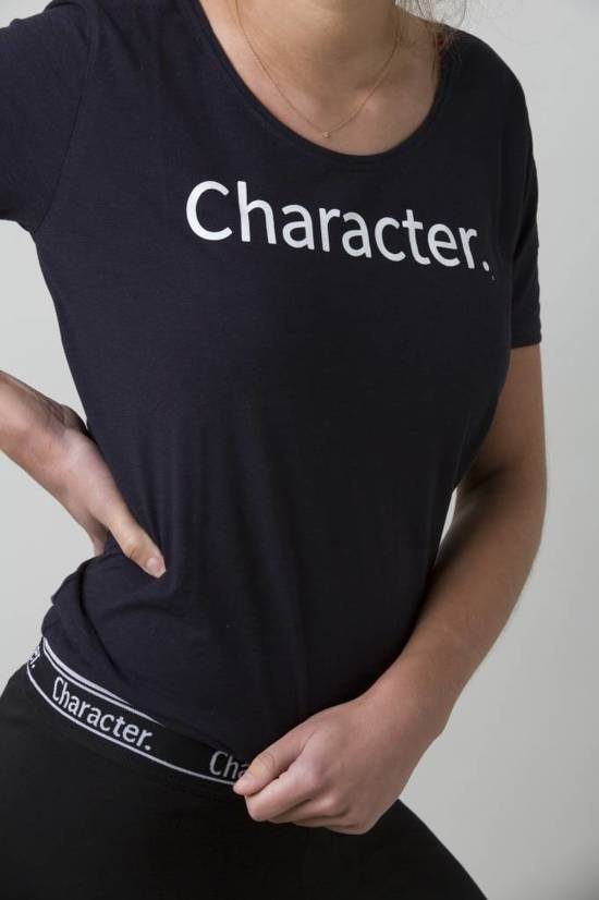 More Than Character- T-Shirt Print Black M