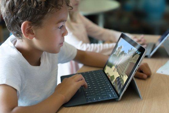 Microsoft Surface Go - 4 GB - 64 GB