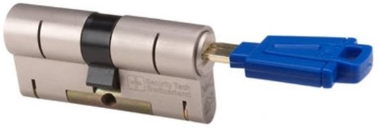 M&C 32/32 set van 3 anti-kerntrek cilinders skg*** gelijksluitend incl. 5 color sleutels.