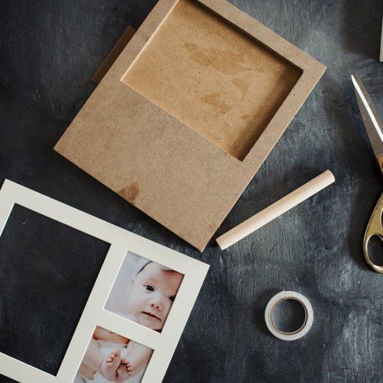 Babyshower geboorte gift box - Luxe Kraamcadeau/ geschenkset jongen & meisje –Hand, voetafdruk en babyfoto set in een cadeauverpakking – Inclusief 250 gram klei, kleitool, fotolijst en een chique cadeauverpakking