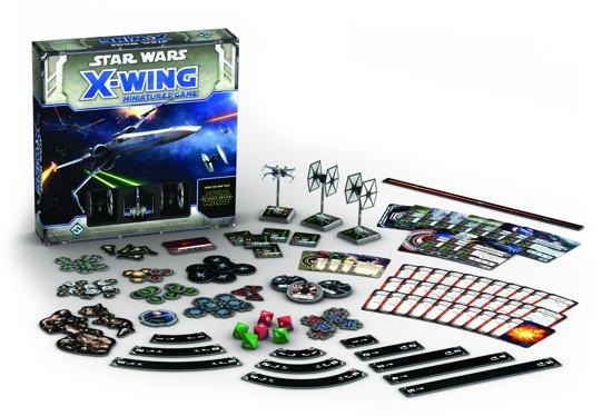 Thumbnail van een extra afbeelding van het spel Star Wars X-Wing: The Force Awakens Core Set - Engelstalig