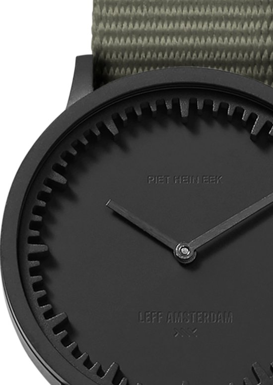 Tube watch T32 black / grey nato strap