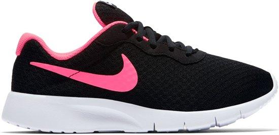 Nike Jongens Sneakers Nike Tanjun Zwart Maat 38,5