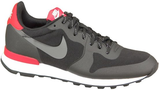 nike internationalist wmns zwart
