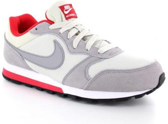 41504a7aff2 bol.com | Nike MD Runner 2 - Sneakers - Heren - Grijs/Rood - Maat 45