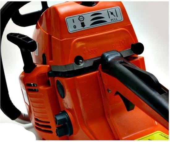 CHAMPION CP-104 Benzine Kettingzaag 3,9pk set - met 2 x ketting + 2 x zaagblad en extra handstarter!