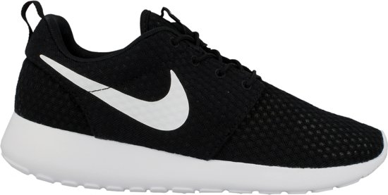 detailed look 63d60 67295 Nike Roshe Run Breeze BlackWhite 718552 011 ZwartWit maat 40