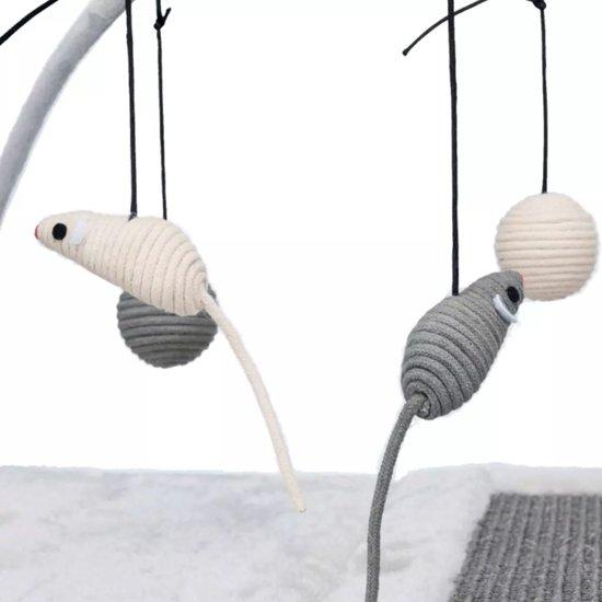 Trixie krabmat met speeltjes aan koord grijs 60x33x42 cm