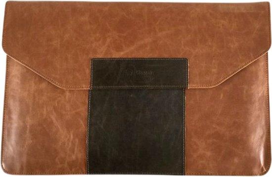 """Dunne stijlvolle aktetas voor wie alleen met iPad / 11"""" laptop en wat documenten reist. Staat netjes, maar kan ook uitstekend casual."""