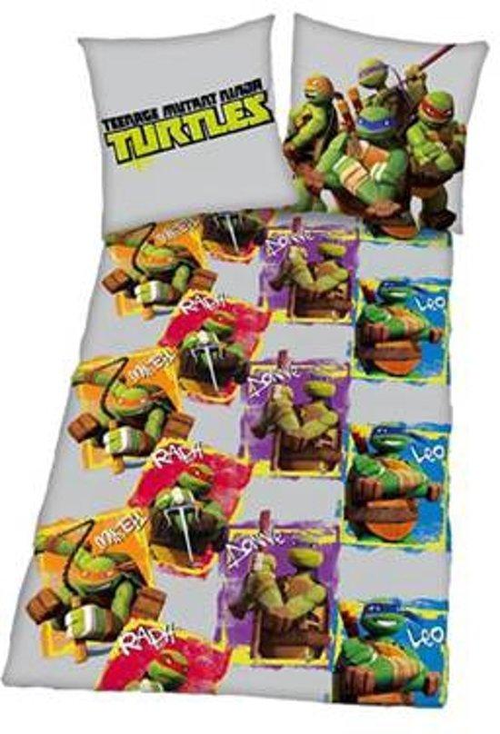 Turtles - Flanel - Dekbedovertrek - Eenpersoons - 140x200 cm + 1 kussensloop 60x70 cm - Multi