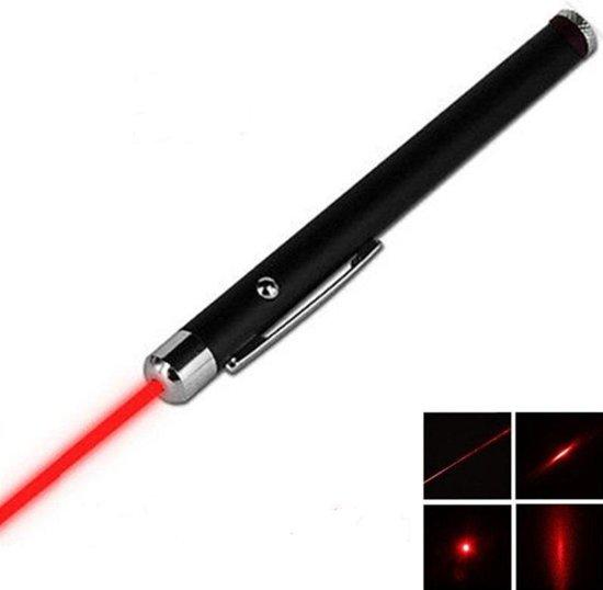 laserpen - laserpointer - presenter geeft een  rode straal . inclusief  gratis batterijen