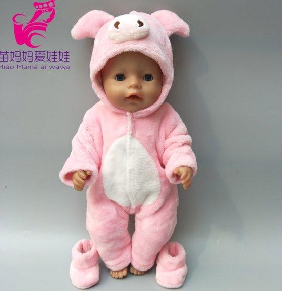 Poppenkleertjes   Geschikt voor Baby Born   Varken onesie met slofjes   Roze   Met capuchon   Pyjama