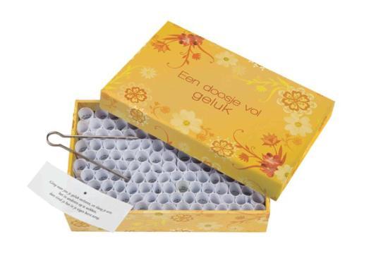 Een doosje vol geluk kleur merkloos for Een doosje vol geluk waar te koop