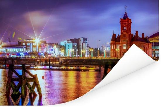 Het hoofdgebouw van de pier in Cardiff met een kleurrijke hemel Poster 180x120 cm - Foto print op Poster (wanddecoratie woonkamer / slaapkamer) / Europese steden Poster XXL / Groot formaat!