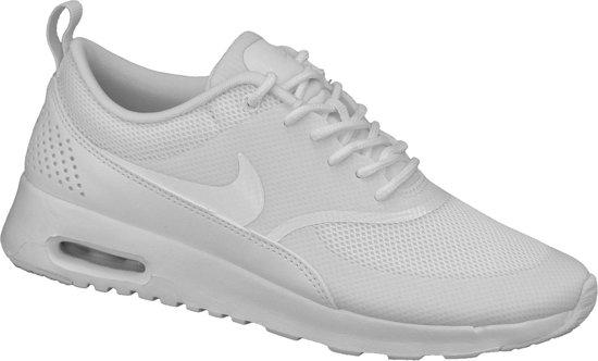 Nike Air Max Thea - Sneakers - Vrouwen - Maat 40.5 - Wit