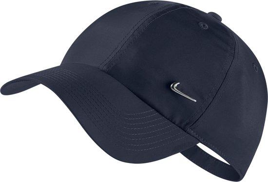 Nike H86 Cap Nk Metal Swoosh Unisex Sportcap - Obsidian/(Metallic Silver) - Maat OSFA