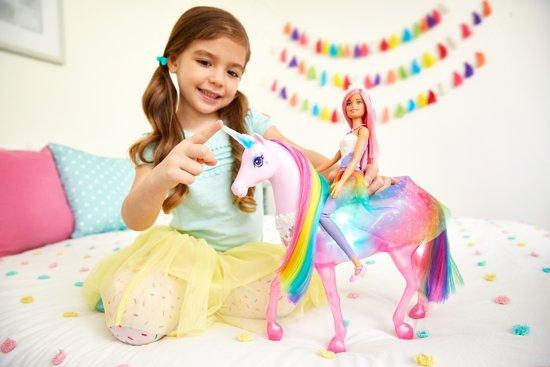 Barbie Dreamtopia Eenhoorn met Prinsessenpop - Barbiepop
