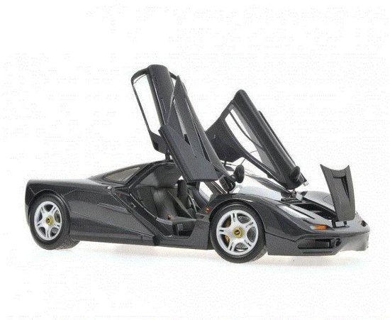 McLaren F1 Road Car 1993 - 1:18 - Minichamps