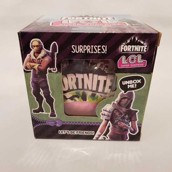 Fortnite LoL suprise box