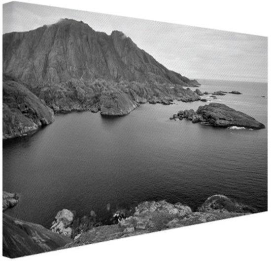 Scandinavische kust zwart-wit  Canvas 80x60 cm - Foto print op Canvas schilderij (Wanddecoratie woonkamer / slaapkamer)