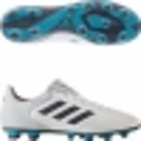 hoe vallen adidas voetbalschoenen