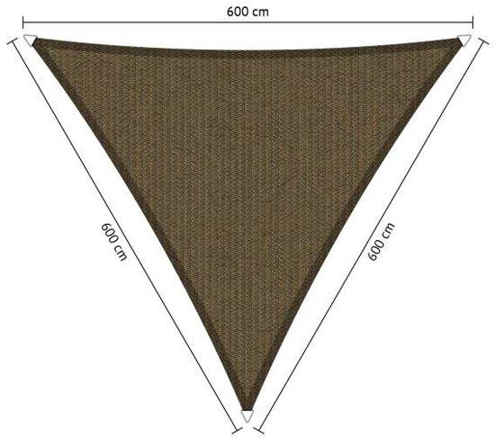 Schaduwdoek. Driehoek. Japans bruin. Van den Eijnde. Zeer sterk 285 grams/m2 HDPE doek.