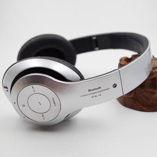Wireless bluetooth headset STN16 Met Fm radio en Geheugen Poort zilver +deepbaas AUX kabel