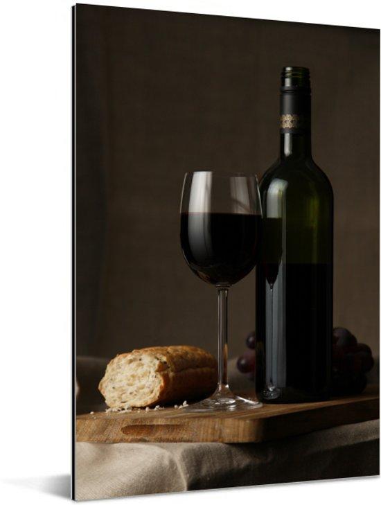 Rode wijn en brood op een tafel Aluminium 120x180 cm - Foto print op Aluminium (metaal wanddecoratie) XXL / Groot formaat!