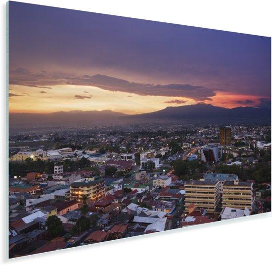 Kleurrijke lucht tijdens zonsondergang in het Costa Ricaanse San José Plexiglas 90x60 cm - Foto print op Glas (Plexiglas wanddecoratie)
