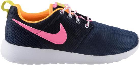 a4669c22fcc bol.com   Nike Rosherun (GS) - Sneakers - Unisex - Maat 36.5 - Navy