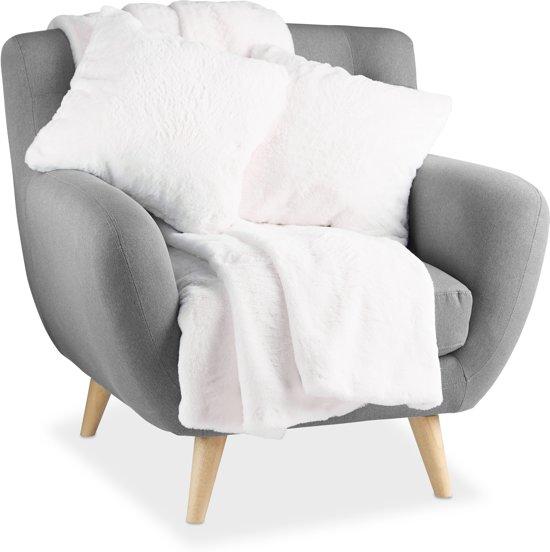Sierkussens Met Plaid.Relaxdays Woondeken Met 2 Kussens 3 Delig Set Plaid 45x45 Cm Wit Sierkussens Grijs