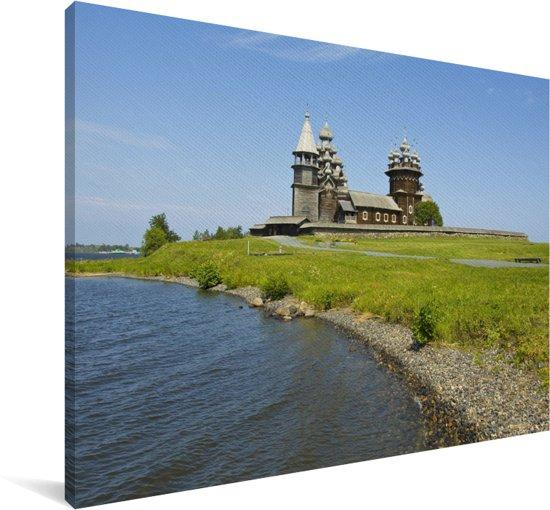 Het Russische eiland Kizji naast het Onegameer in Europa Canvas 140x90 cm - Foto print op Canvas schilderij (Wanddecoratie woonkamer / slaapkamer)