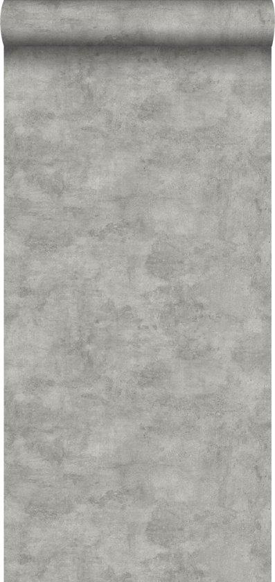 HD vliesbehang effen betonlook warm grijs - 138907 van ESTAhome.nl