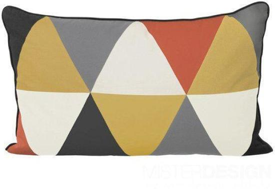 Cushion ferm living bordeaux bestellen via dekussenshop